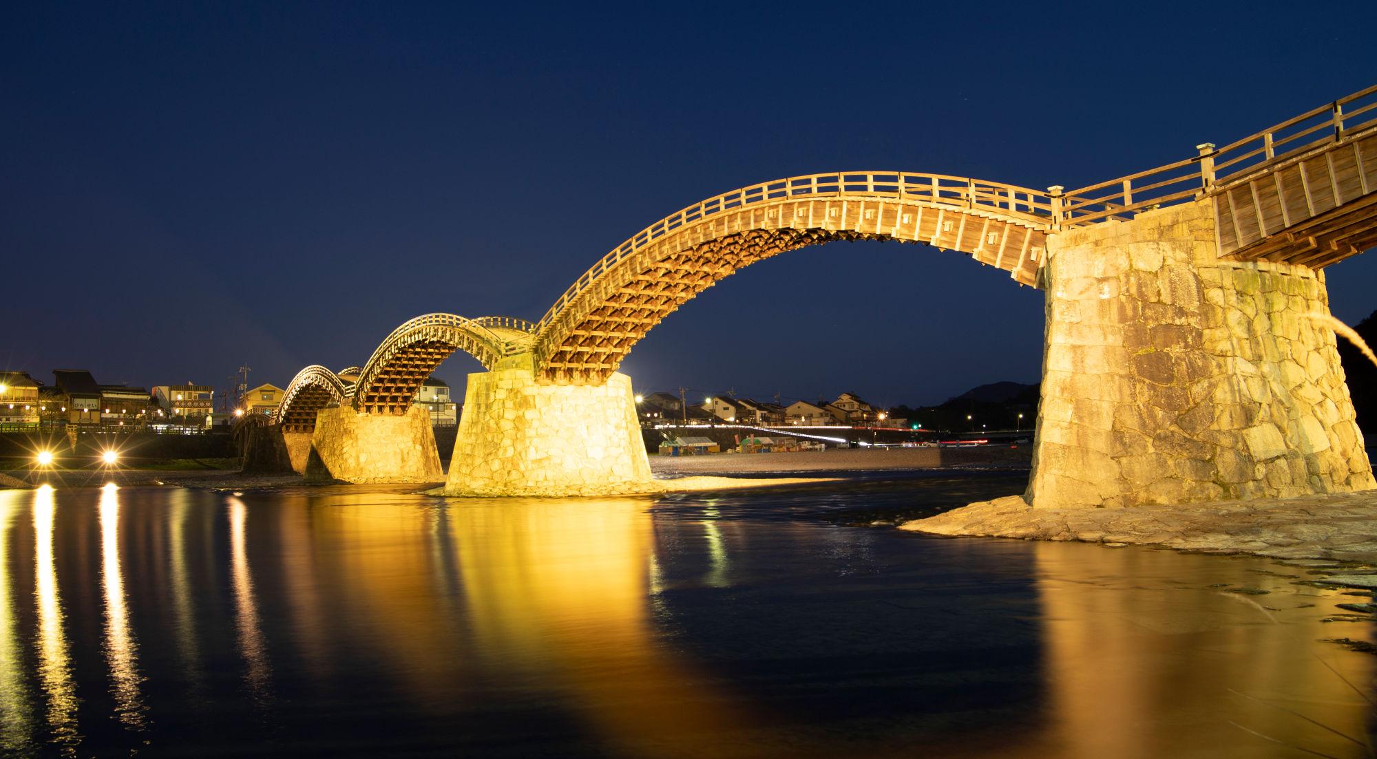 錦帯橋の夜景