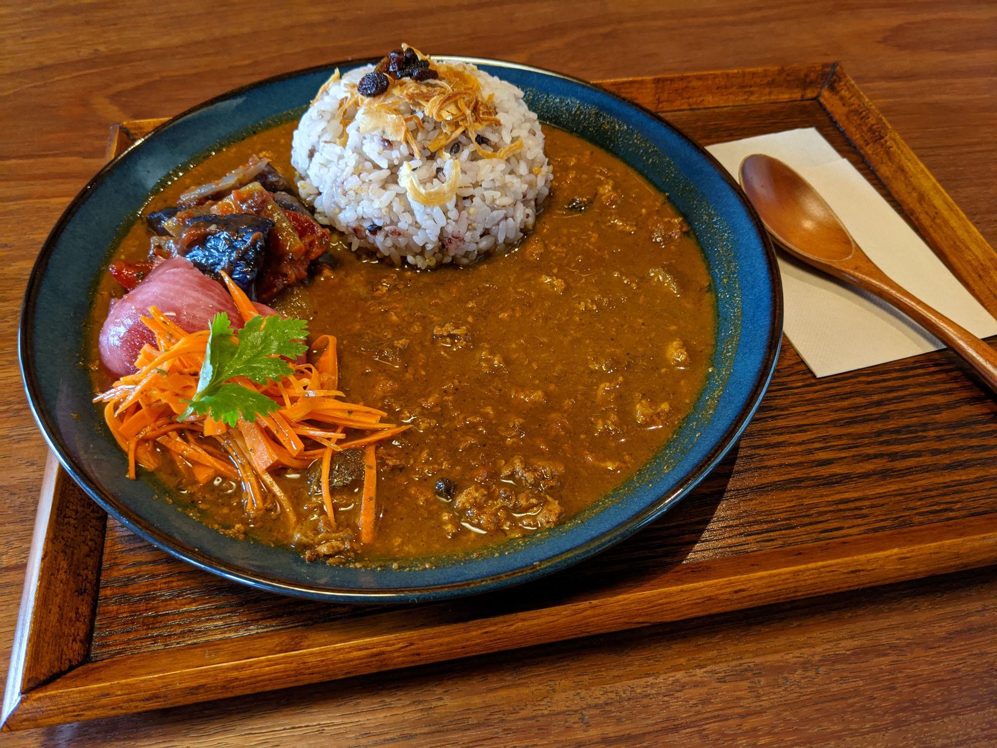 狸穴Cafeのキーマカレー