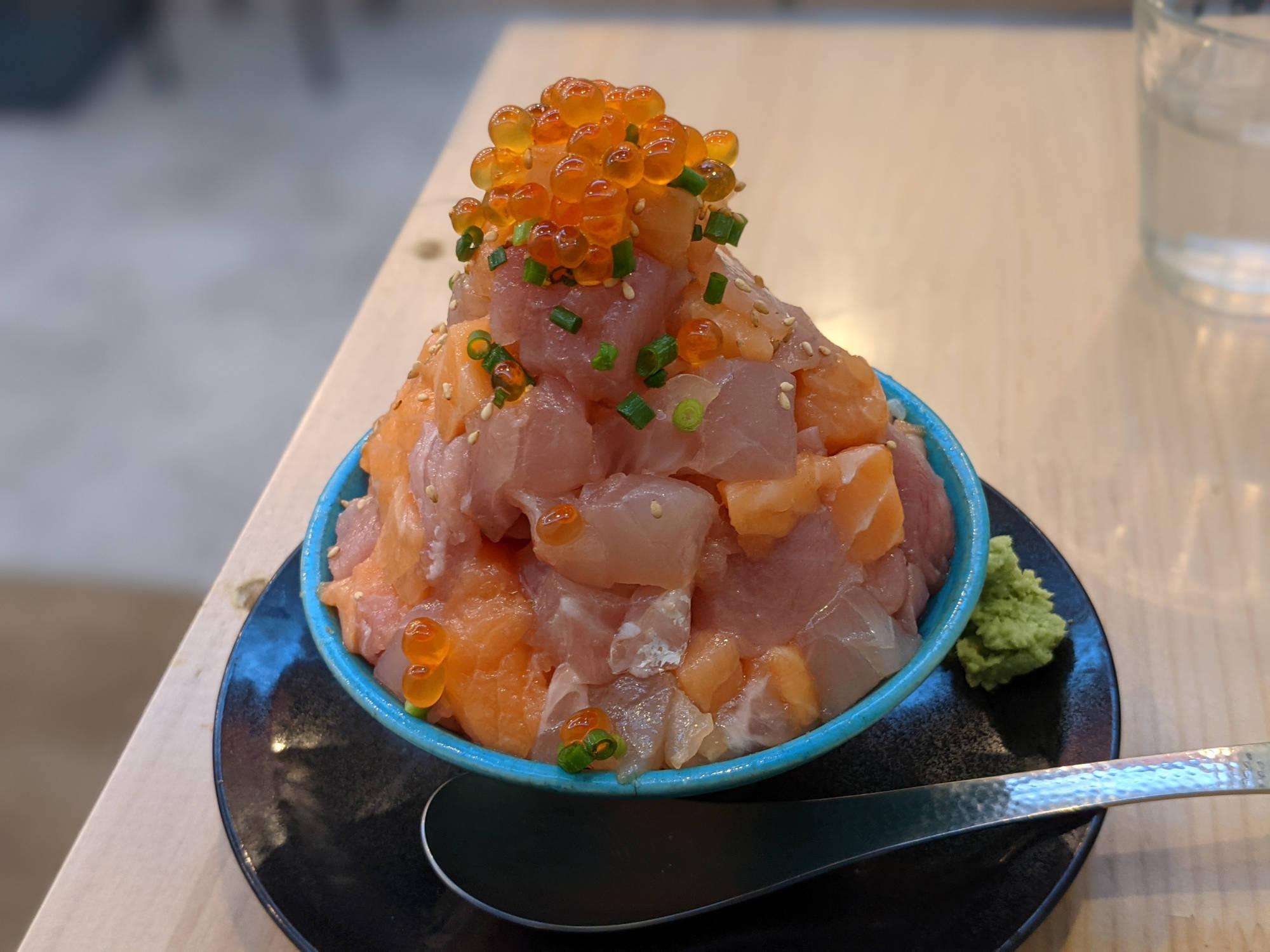海鮮てっぺん丼