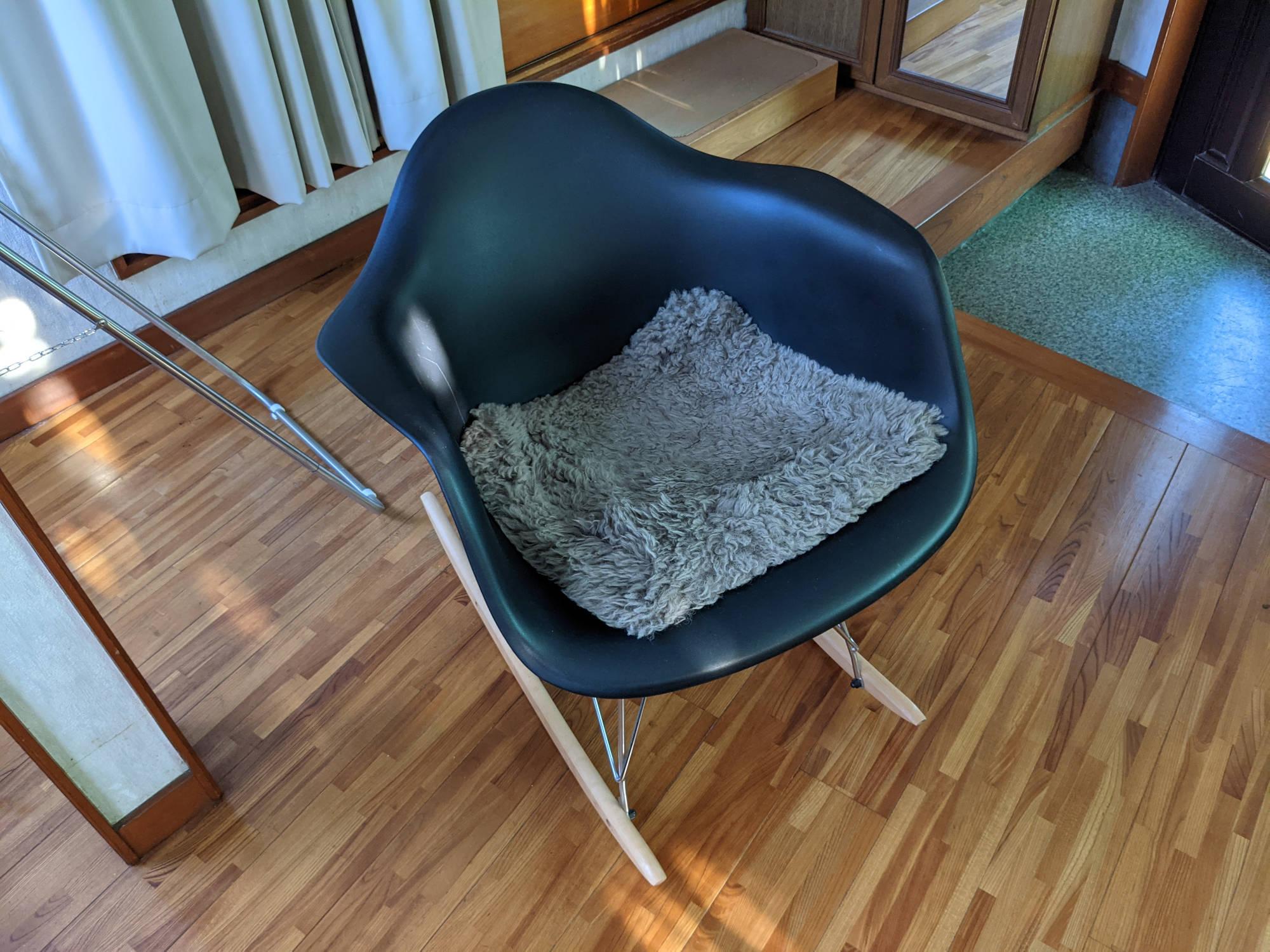 個室の椅子